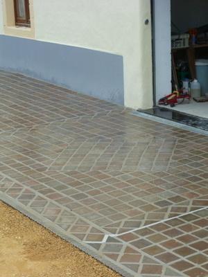 F.R.E - trottoir et terrasse en pierres naturelles